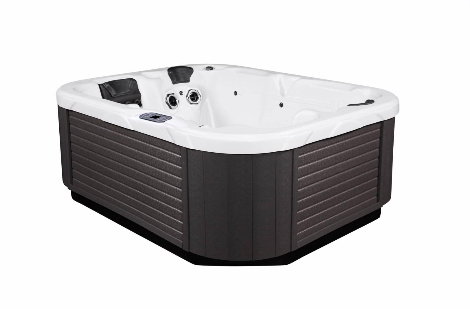 le spa jacuzzi 3 places le triad bayonne. Black Bedroom Furniture Sets. Home Design Ideas